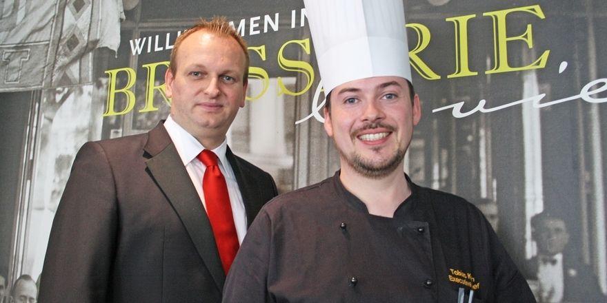 Direktor und Küchenchef im Mercure Hotel Düsseldorf Hafen: Christian Schmidt (links) und Tobias Koch