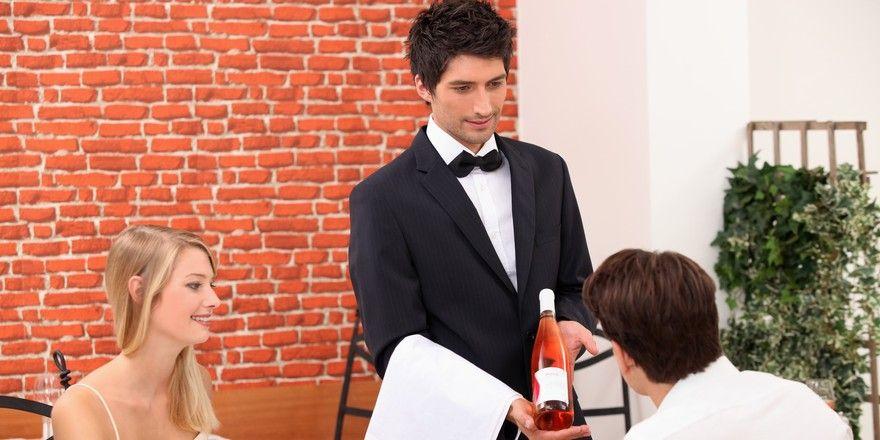 Service im Restaurant: Für viele Gäste zählt vor allem die Freundlichkeit