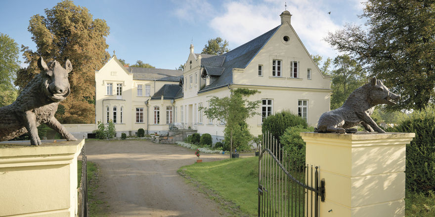 Idylle pur: Das Gutshaus ist von Familie von Bassewitz aufwendig hergerichtet worden. Feriengäste schätzen vor allem die Ruhe des Anwesens.