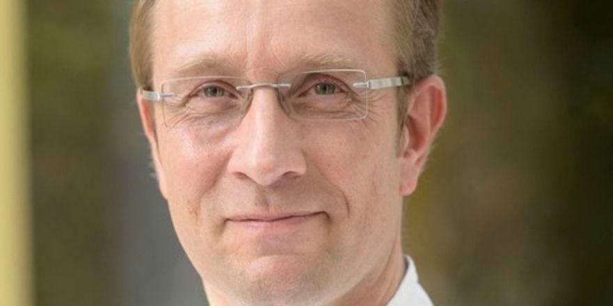 Neue Herausforderung: Nils Henkel wird Küchenchef auf Burg Schwarzenstein