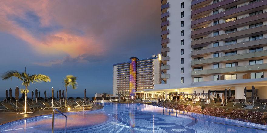 Große Zugkraft: Der Name Hard Rock zieht Gäste an. Das eben eröffnete Hotel auf Teneriffa erfreut sich bereits reger Nachfrage.