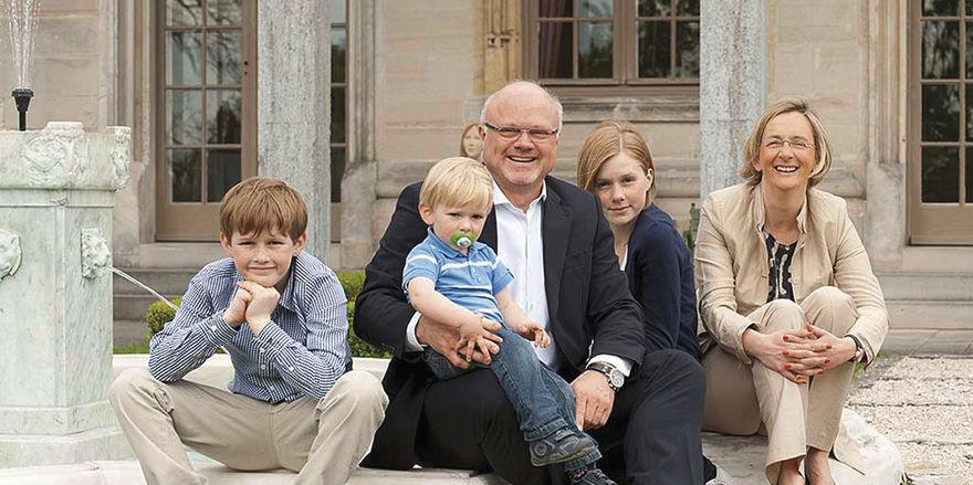 Nominiert: Benjamin und Christian Maerz (links) und Barbara und Bernd Glauben, hier mit ihren Kindern.