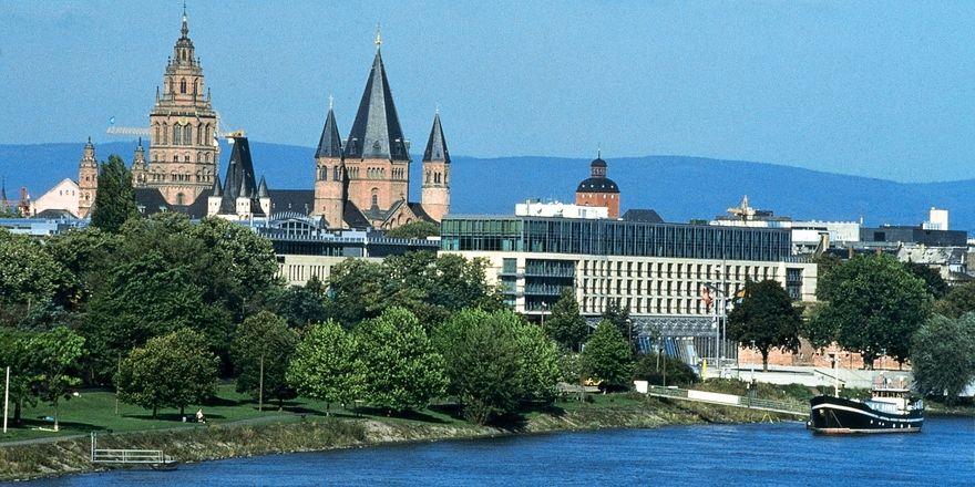 Novum Mainz novum entwickelt doppel hotel in mainz allgemeine hotel und