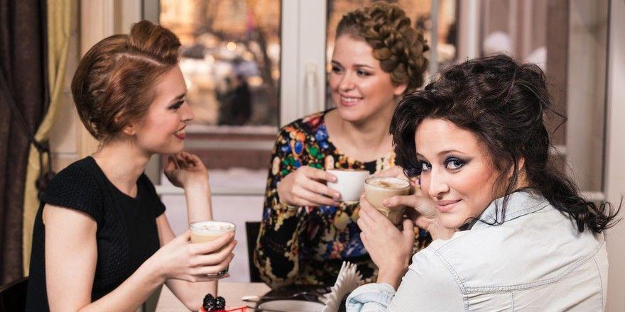 Fremde Menschen im Restaurant: Für viele Gäste spannend, sie zu beobachten