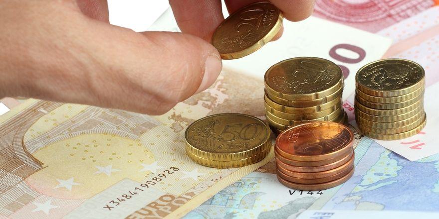 Finanzen im Blick behalten: Dabei will die Steuerberatung von Felix1 und ETL Adhoga helfen