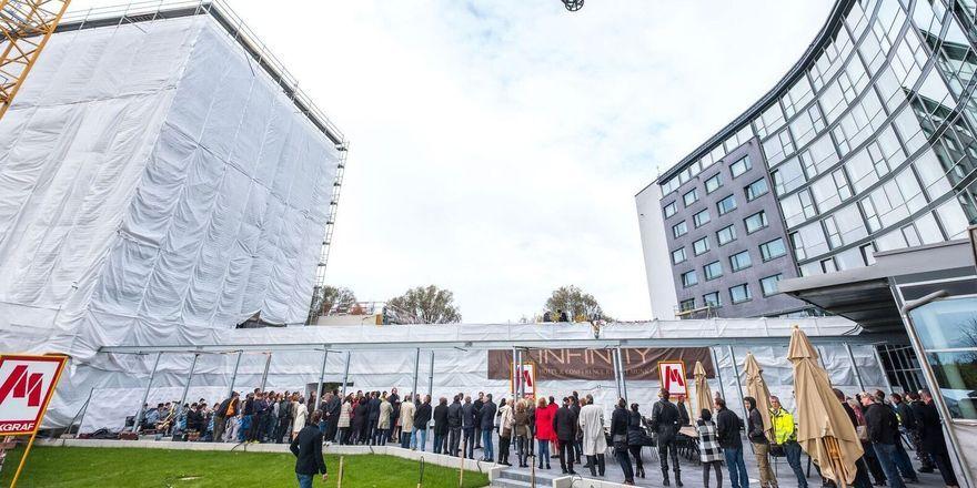 Infinity Munich: Der Erweiterungsbau alleine fasst 180 Zimmer.
