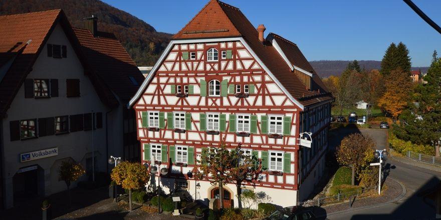 Altes Pfarrhaus: Das historische Hotel ist nur wenige Gehminuten vom Kurpark entfernt
