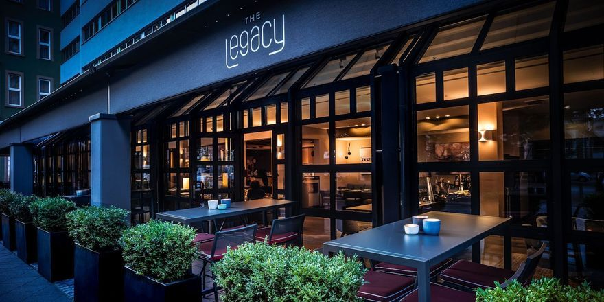 The Legacy Bar & Grill: Mit Events zum Publikumsmagnet.