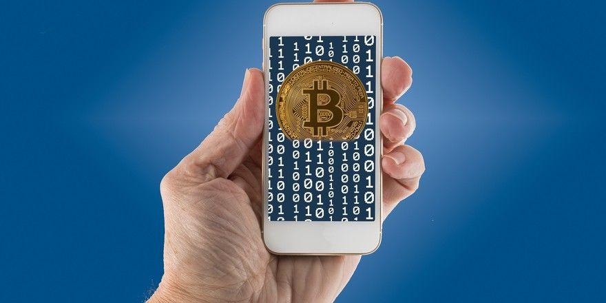 Kryptowährung Bitcoin: Bei der Kette A&O sieht man sie als Chance