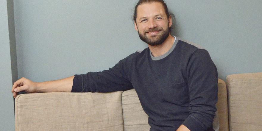 Freut sich über den Erfolg: Niels Berschneider am Stammtisch seines Berschneider