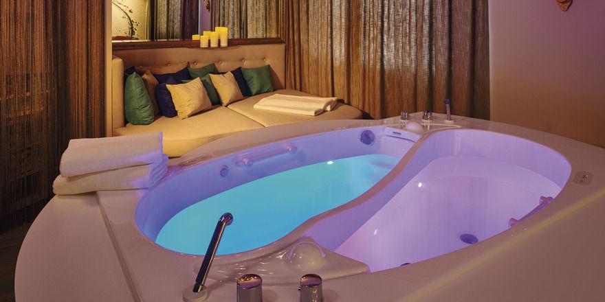 kurhaus binz mit neuem spa bereich allgemeine hotel und. Black Bedroom Furniture Sets. Home Design Ideas