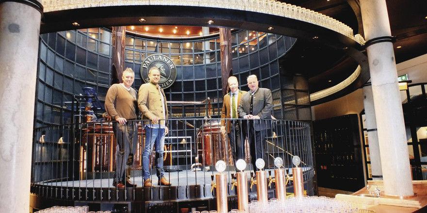 Vier für den Nockherberg: (von links) Braumeister Uli Schindler, Wirt Florian Lechner, Brauereichef Andreas Steinfatt, Wirt Christian Schottenhamel.