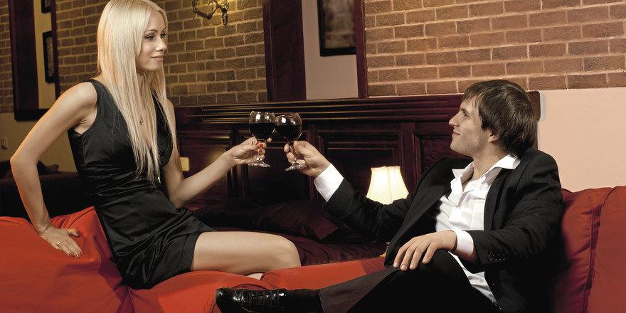 Treffpunkt Hotelzimmer: Hoteliers tippen bei Kurzzeit-Gästen oft auf ein heißes Date.