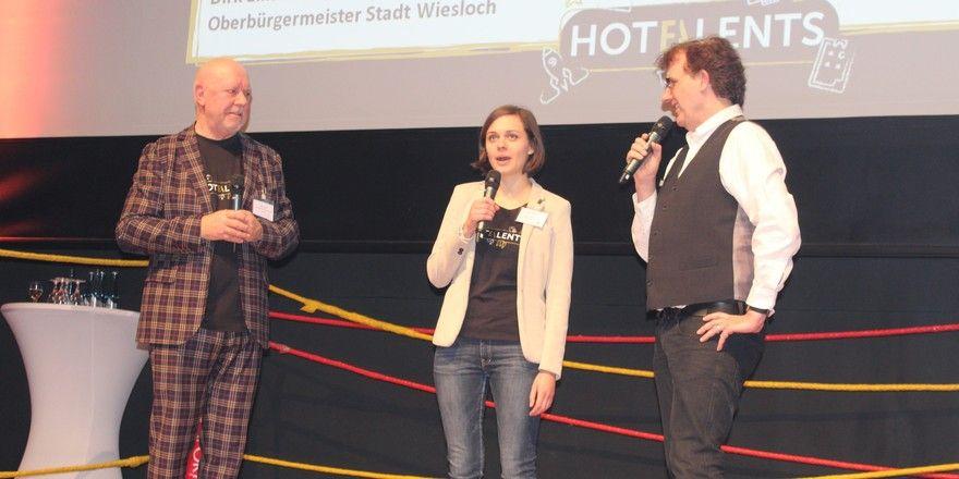 Erfolgreicher Kongress im Palatin: (von links) Hoteldirektor Klaus Michael Schindlmeier, Kongress-Organisatorin Lisa Aenis und Moderator Christoph Brüsk