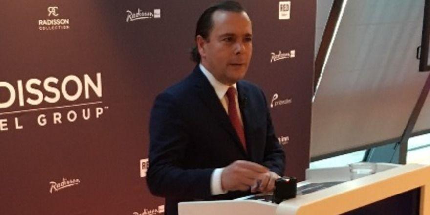 Radisson Hotel Group CEO Federico J. González: Zum International Hotel Investment Forum (IHIF) in Berlin stellte er die neue Dachmarke Radisson Hotel Group vor