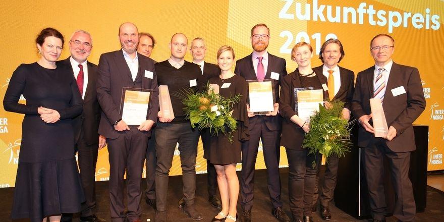 Glückliche Gewinner: Zur Internorga-Eröffnung wurden die Vertreter von drei Firmen mit dem Zukunftspreis geehrt