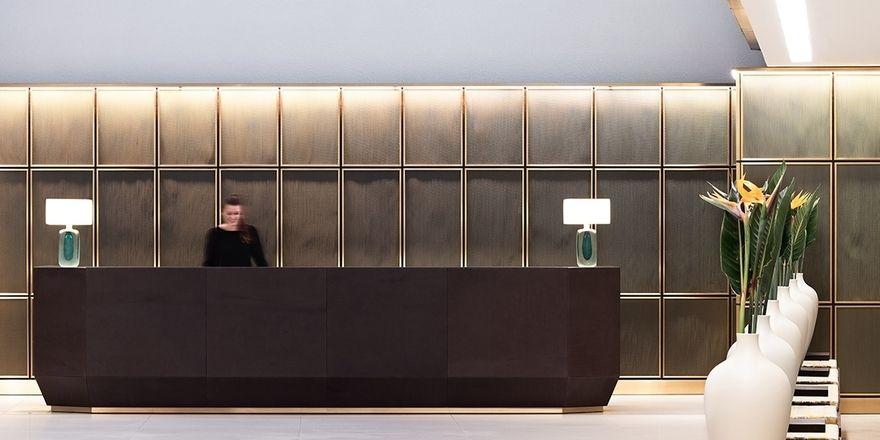 Neuer Empfang in Hamburg: So präsentiert sich das Side Hotel nun in der Lobby