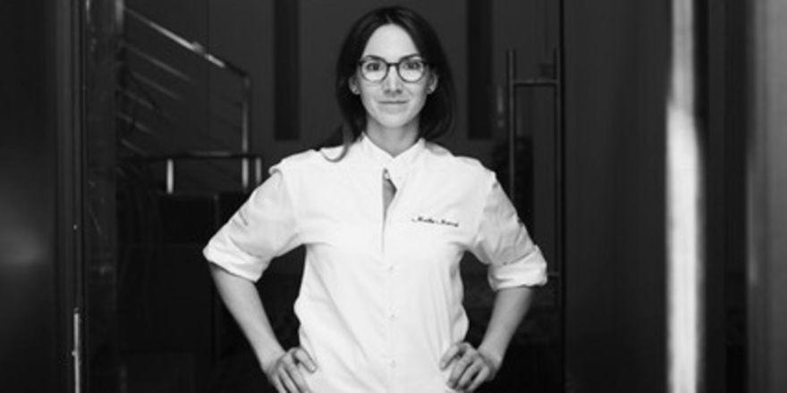 Steigt auf: Maike Menzel übernimmt die Leitung im Gourmetrestaurant Schwarzreiter im Vier Jahreszeiten München