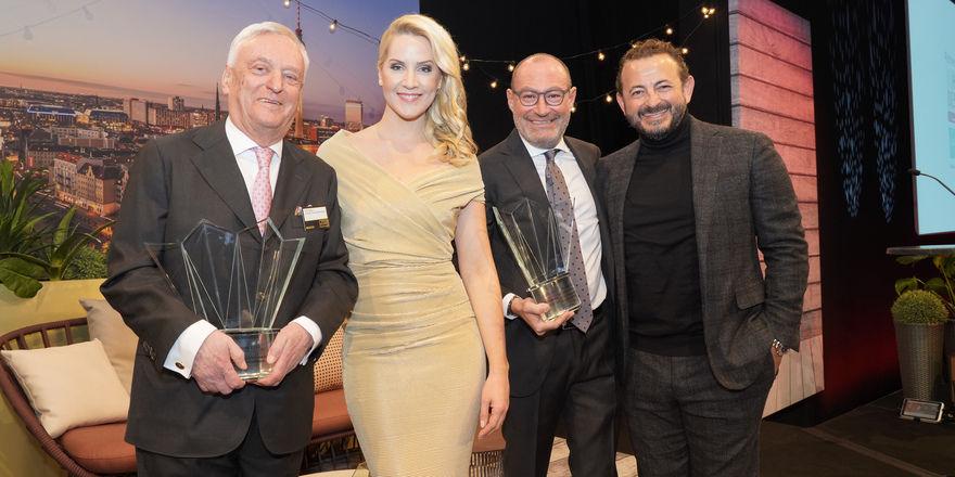 Strahlende Gewinner 2018 mit Moderatorin: (von links) Ernst Fischer, Judith Rakers, Micky Rosen, Alex Urseanu