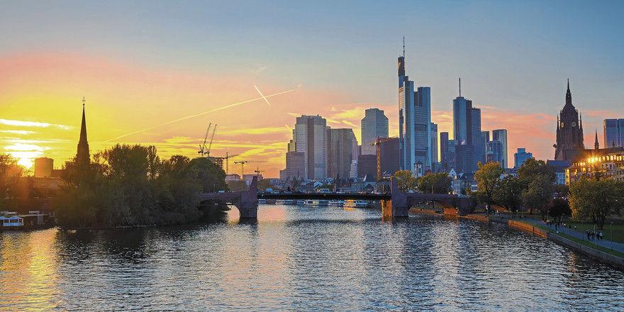 Skyline von Frankfurt am Main: Die Hotels der Bankenstadt haben in den ersten sechs Monaten 2018 am besten abgeschnitten.