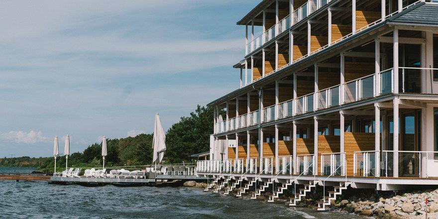 Hotel direkt am See: Die Insel der Sinne