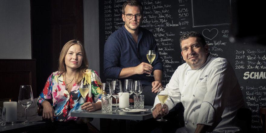 Genuss-Trio: (von links) Anna Koller, Philipp Heine und Marcello Fabbri