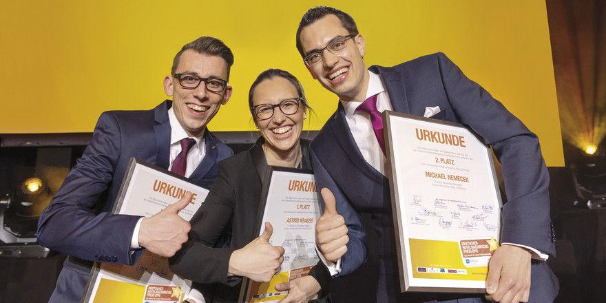 Standen beim DHNP 2018 im Rampenlicht: (von links) Raphael Steinhart, Siegerin Astrid Zientek und Michael Nemecek.