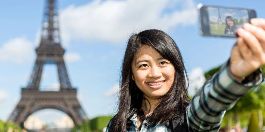 Trotz richtiger Inszenierung: Influencer generieren wenig Interesse für ihre Destinationen bei Reisenden