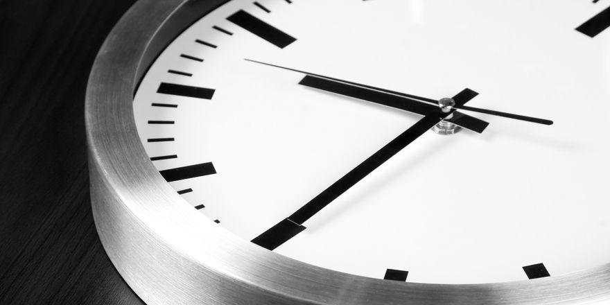 12-Stunden-Tag in Österreich: Der Arbeitnehmer hat laut die Gesetz die Wahl, ob er so lang arbeiten möchte.