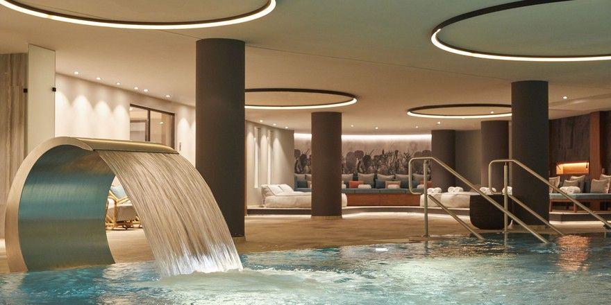 Neu: Der Swimming-Pool im Spa des Infinity Munich