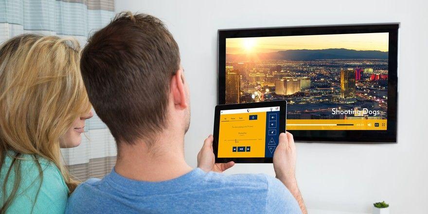 Zimmertablet als Fernbedienung: Über das neue Tool Suite TV wählen Gäste ihr Programm aus