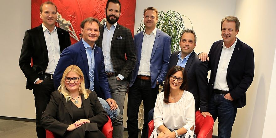 Managing-Partner: (von links) Gernot Memmer, Karin Niederer, Erich Liegl, Helmut List, Martin Mayerhofer, Rita Einöder, Martin Domenig und Werner Taurer