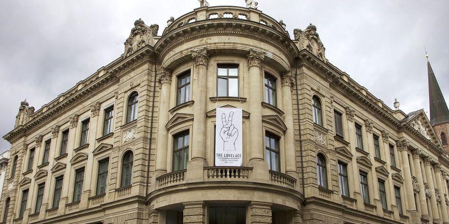 Zieht aus dem ehemaligen Münchner Bankgebäude aus: Das temporäre Pop-up-Hotel The Lovelace