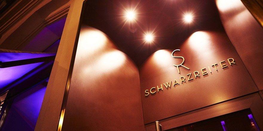 Präsentiert sich bald in neuem Design: Das Schwarzreiter Restaurant und Bar im Vier Jahreszeiten Kempinski München
