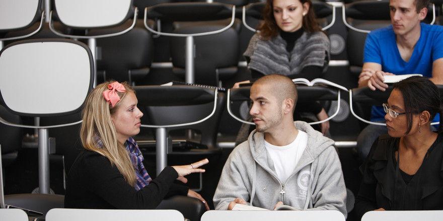 Brainstorming: Wie stellt sich die kommende Generation ein Businesshotel vor?