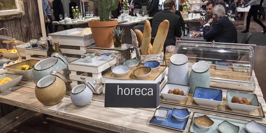 Buffet in jungem Stil: Produkte und Angebote für Gastronomie und Hotellerie sind bei der Ambiente gekennzeichnet.
