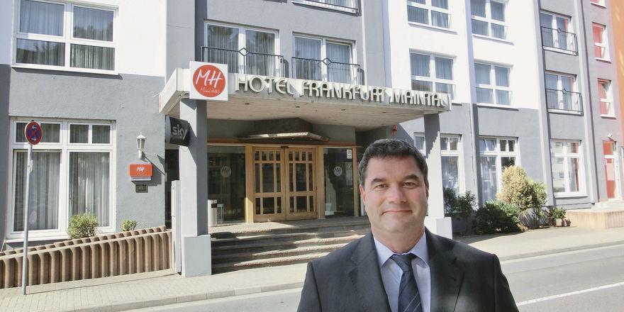 """Ido Michel: """"Die Kernkompetenzen eines Hotels – Rooms, Restaurants und Reinigung – sollte man nicht auslagern."""""""
