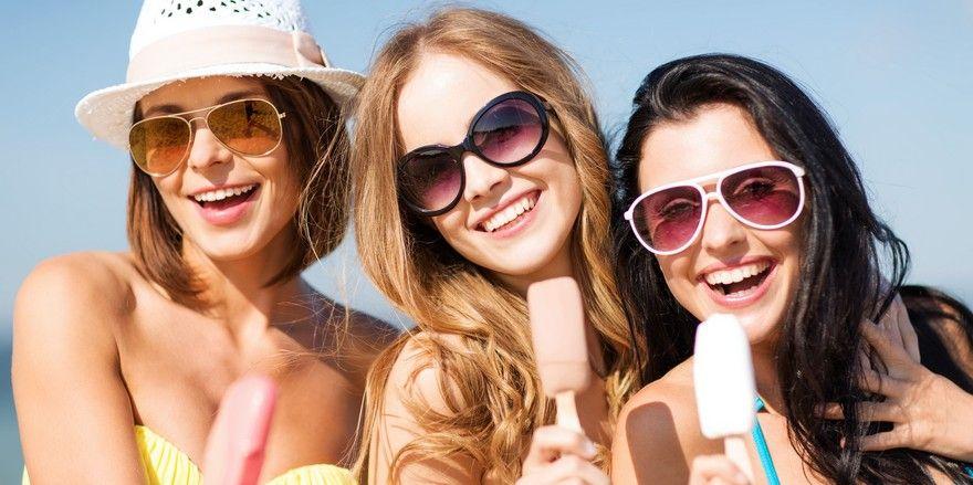Reisefreudig: Vier von fünf Deutschen befassen sich schon mit dem Thema Urlaub.