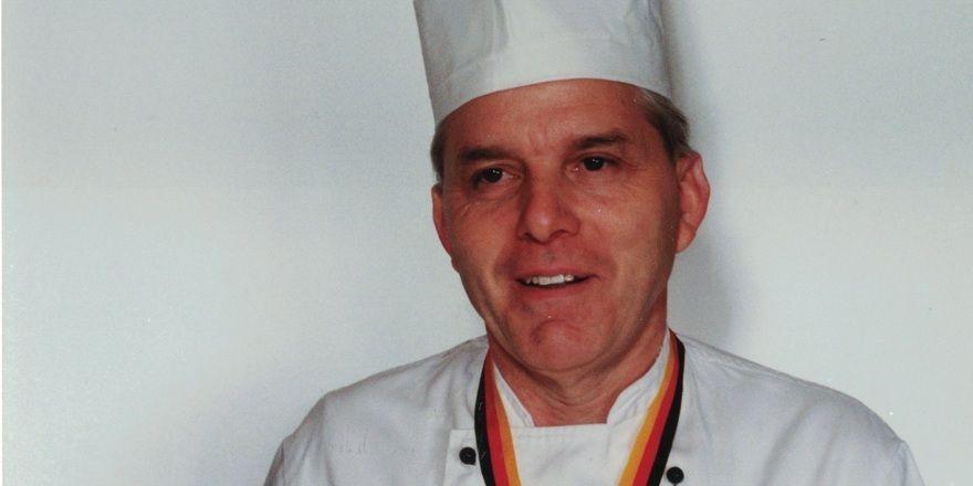 Dieter Wägerle 1994: Damals erhielt er für besondere Verdienste um die deutsche Kochkunst vom Verband der Köche Deutschlands die selten verliehene Ehrenmedaille in Gold