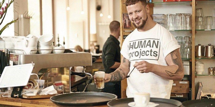 Ludwig Horn: Der Inhaber von Kaffee A.Horn in Berlin schätzt an der Plattform Dish den einfachen Austausch mit Kollegen.
