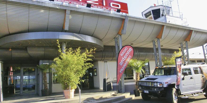 Rodizio Flughafen Egelsbach: Das Restaurant bietet 300 Sitzplätze auf zwei Ebenen und eine große Terrasse