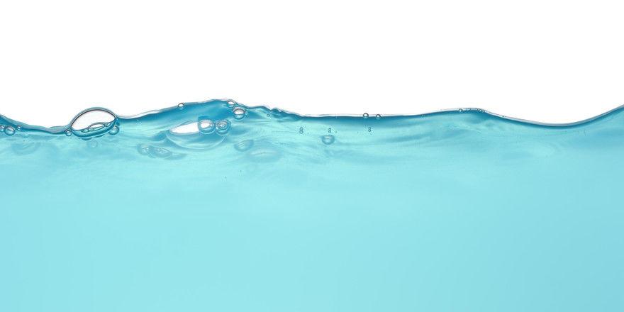 Ungewohnter Anblick: Blaues Wasser aus dem Hahn