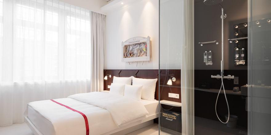 Reduziertes Design: Ein Zimmer im Ruby Leni