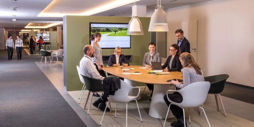 """Viel Platz für kreatives Arbeiten: Das bieten die neuen """"Open Areas"""" des Konferenzhotels Lufthansa Seeheim"""