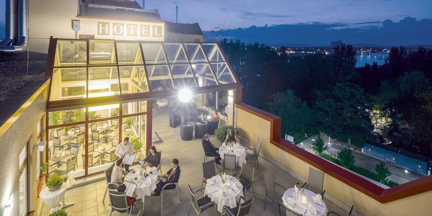 Dachterrasse mit Aussicht: Damit lockt das neue Best Western Hotel ins Dreiländereck