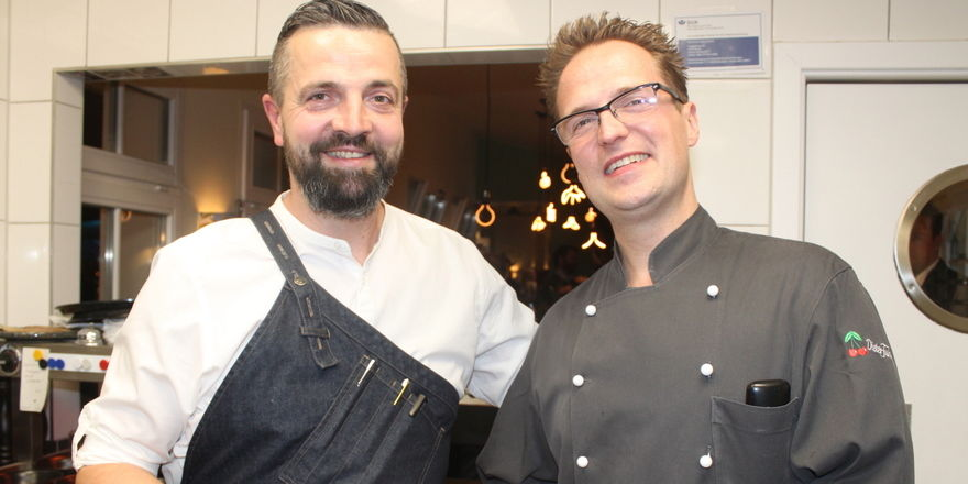 Bringen Nikkei Cuisine auf den Tisch: Die Küchenchefs Tilo Strate und Marc-André Uhlenbrock