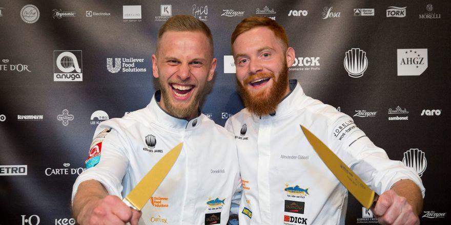 Freuen sich über den Sieg: (von links) Dominik Holl und Alexander Gläsel