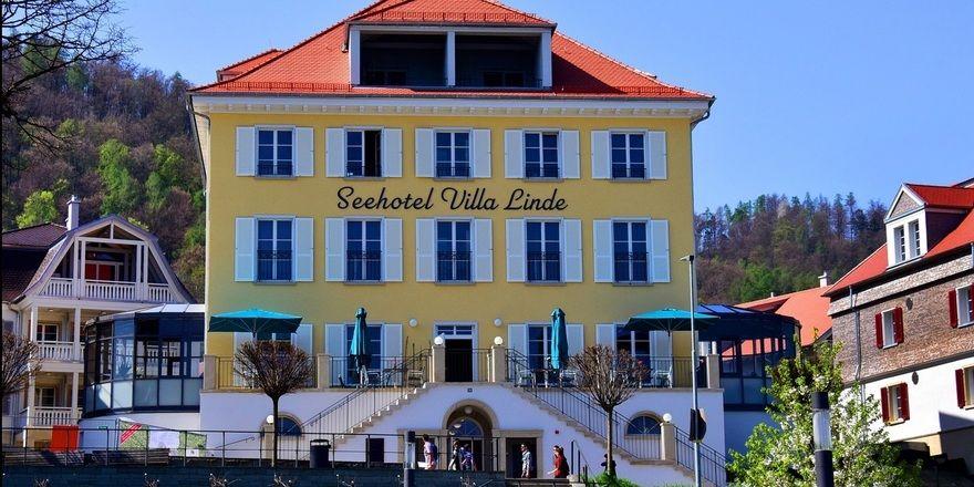 Oberhalb des Hafens in Bodman gelegen: Das Seehotel Villa Linde