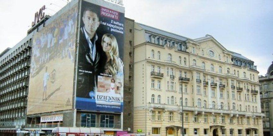 "Wand an Wand im Warschauer Stadtzentrum: Die Hotels Metropol und Polonia Palace <tbs Name=""foto"" Content=""*un*gw.6,5""/>"