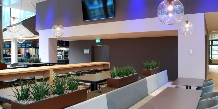 Modern eingerichtet: Das neue Mitarbeiterrestaurant der Bayerischen Landesbank in München